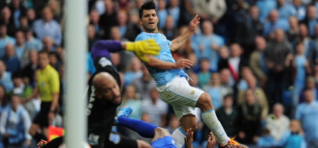 Aguero-Everton-Goal
